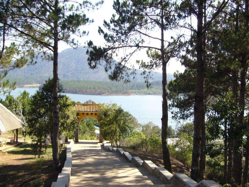 Thiền Viện Trúc Lâm Đà Lạt- hinh 3