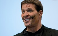 who is tony robbins