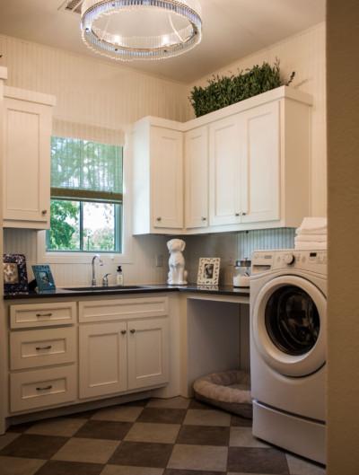 Laundry Room Cabinets - TaylorCraft Cabinet Door Company on Laundry Cabinets  id=40371