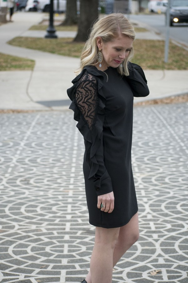 LBD, Holiday Looks, Holiday, NYE, 2017, Christmas, Christmas Looks, December 2017, Scout & Molly, Scout & Molly South Park, Charlotte, Charlotte Blogger, Fashion Blogger, Style Influencer, 704, NC Blogger, TayloringStyle