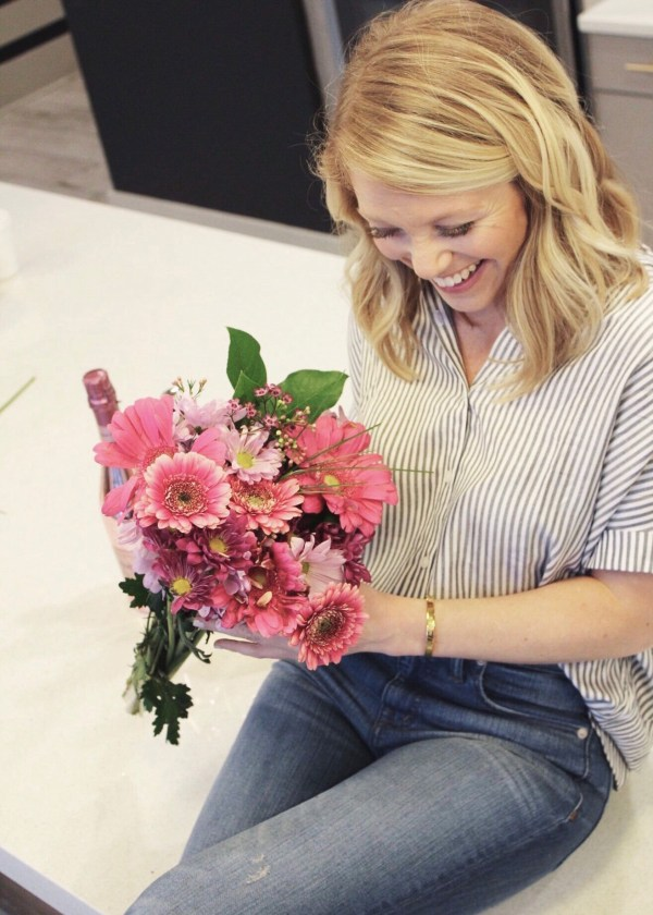 Valentine's Day, Galentine's Day, Vday, February, February 14th, Love, Flowers, Trader Joe's, Madewell, Villages at Commonwealth, Charlotte, Plaza Midwood, Charlotte Blogger, Fashion Blogger, Style Influencer, 704, tayloringstyle