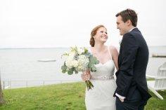 taylorlaurenbarker-juliamike-larchmontshoreclub-wedding-13