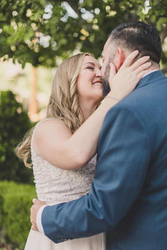 Las Vegas strip wedding portraits by Taylor Made Photography