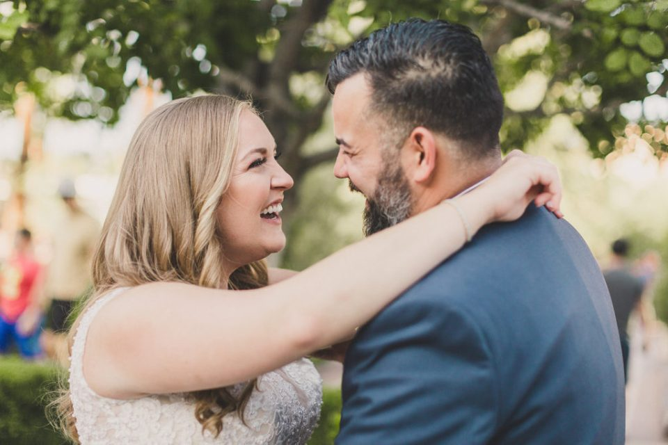 Las Vegas wedding photographer Taylor Made Photography discusses her top three tips for picking your wedding photographer
