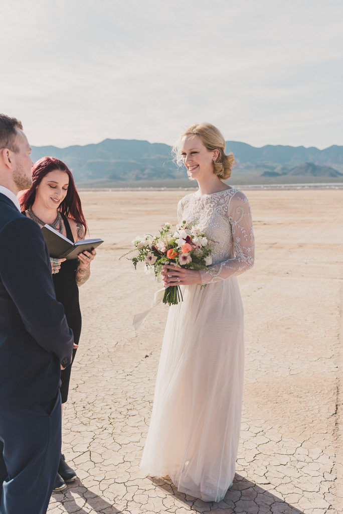 Taylor Made Photography captures Boulder City NV elopement