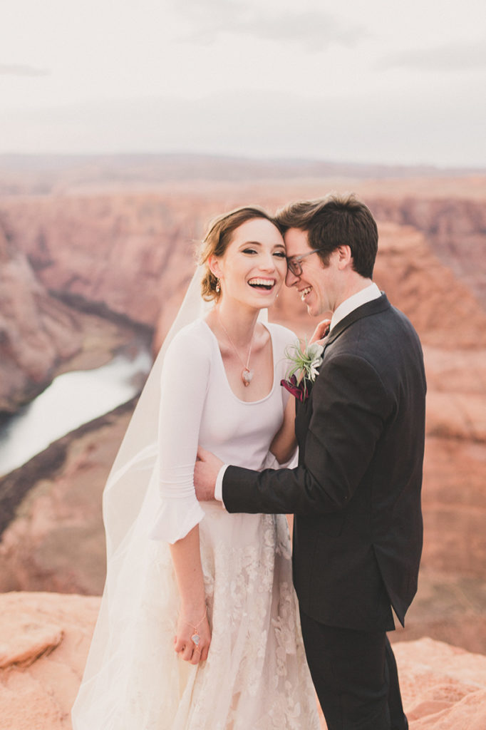 elopement giveaway in Las Vegas photographed by Taylor Made Photography