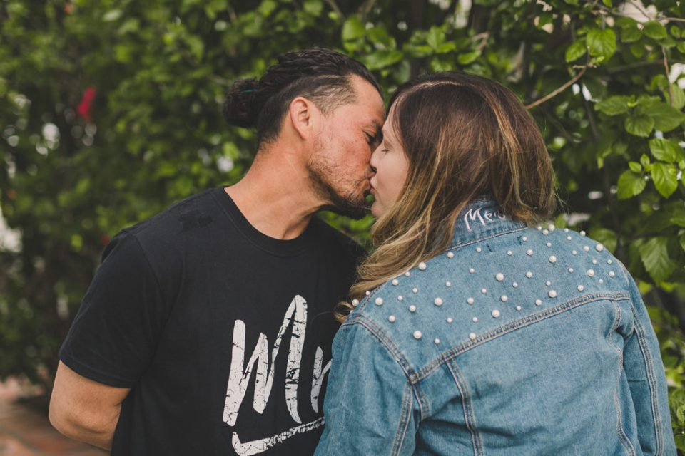 Taylor Made Photography photographs couple eloping during COVID-19 outbreak