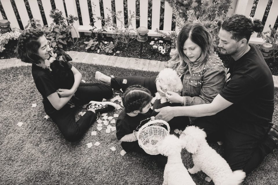 family portraits on wedding day in California by Taylor Made Photography