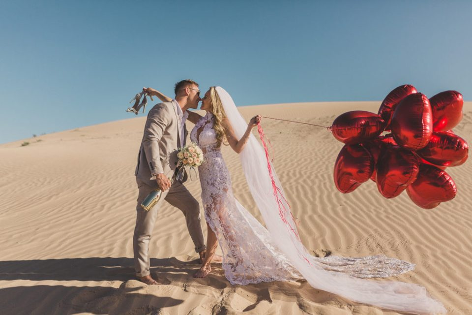 adventurous Las Vegas elopement photographed by Taylor Made Photography