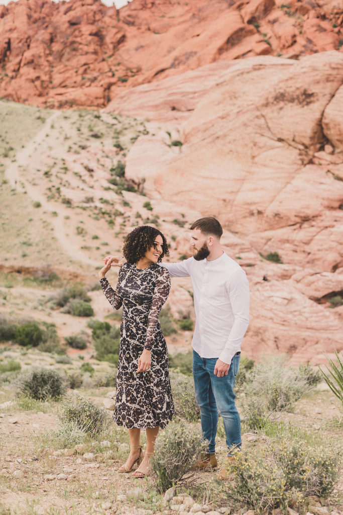 Red Rock Canyon engagement photos by Taylor Made Photography