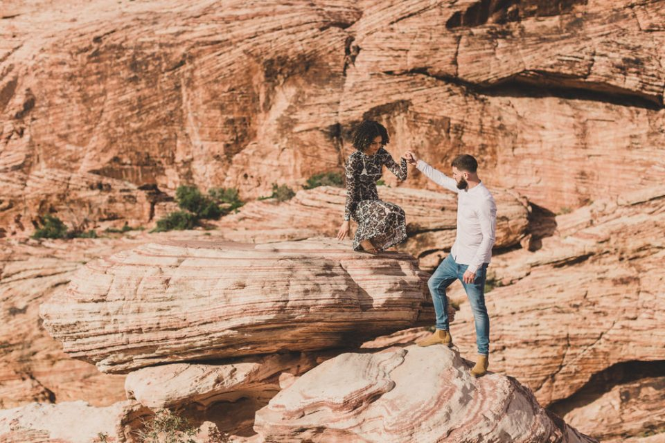 couple explores Red Rock Canyon with Taylor Made Photography