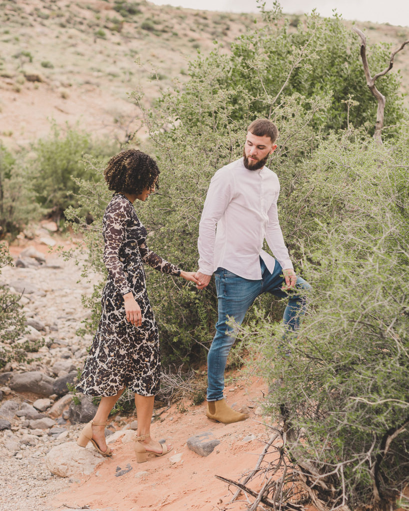 engagement photos in Red Rock Canyon with Taylor Made Photography