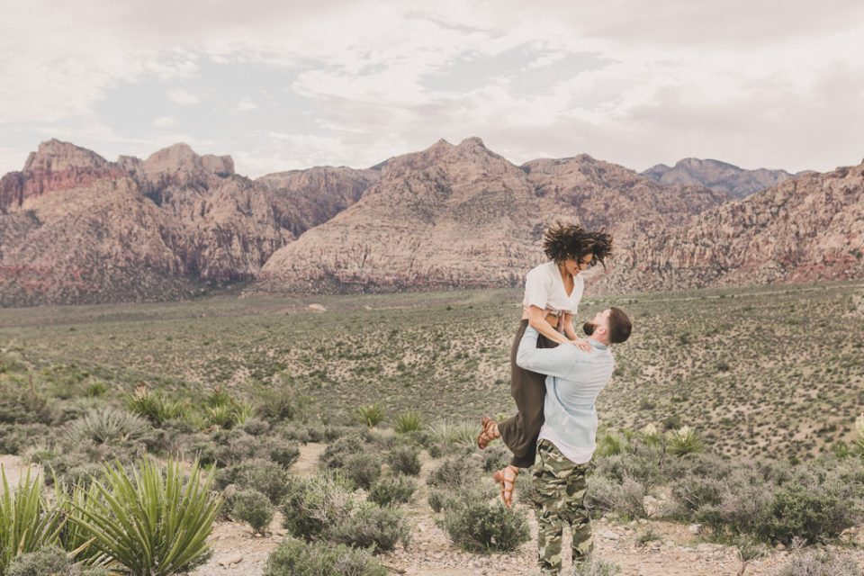 Taylor Made Photography photographs Las Vegas engagement session