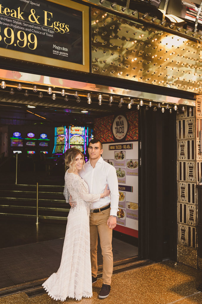 romantic Las Vegas engagement session photographed by Taylor Made Photography