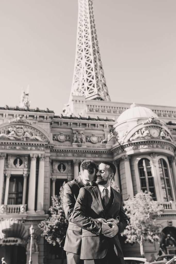 black and white elopement photos by Taylor Made Photography
