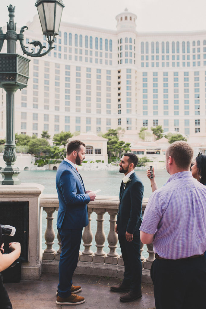 Bellagio Fountain elopement photographed by Taylor Made Photography