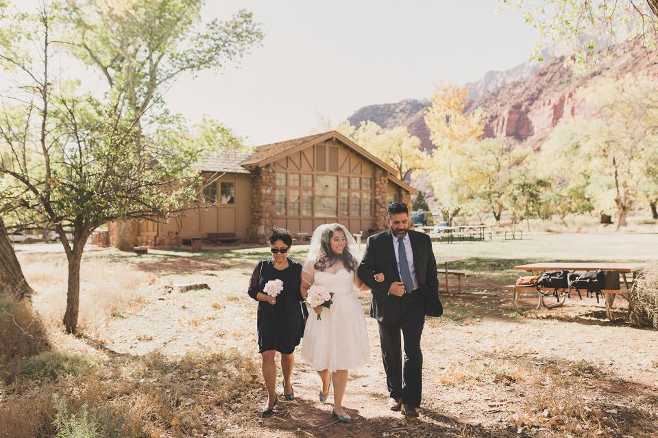 Taylor Made Photography photographs Zion National Park wedding ceremony