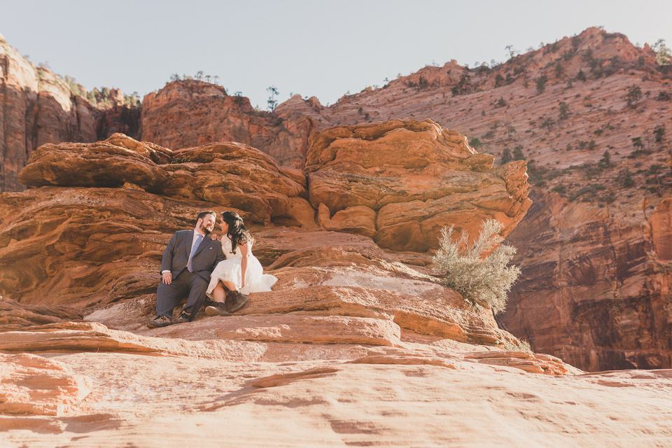 wedding portraits in Zion National Park photographed by Taylor Made Photography
