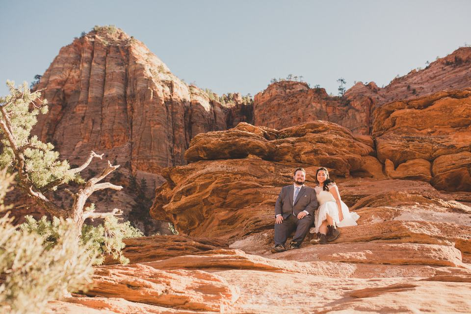 wedding portraits in Zion National Park by Taylor Made Photography