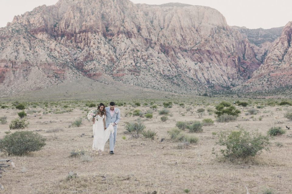 Red Rock Canyon wedding photos with Taylor Made Photography
