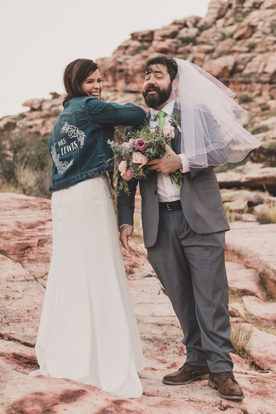 silly Red Rock Canyon portraits of bride and groom