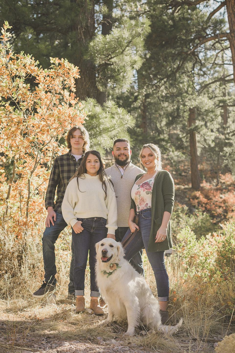 Mt Charleston Family Portraits with Taylor Made Photography