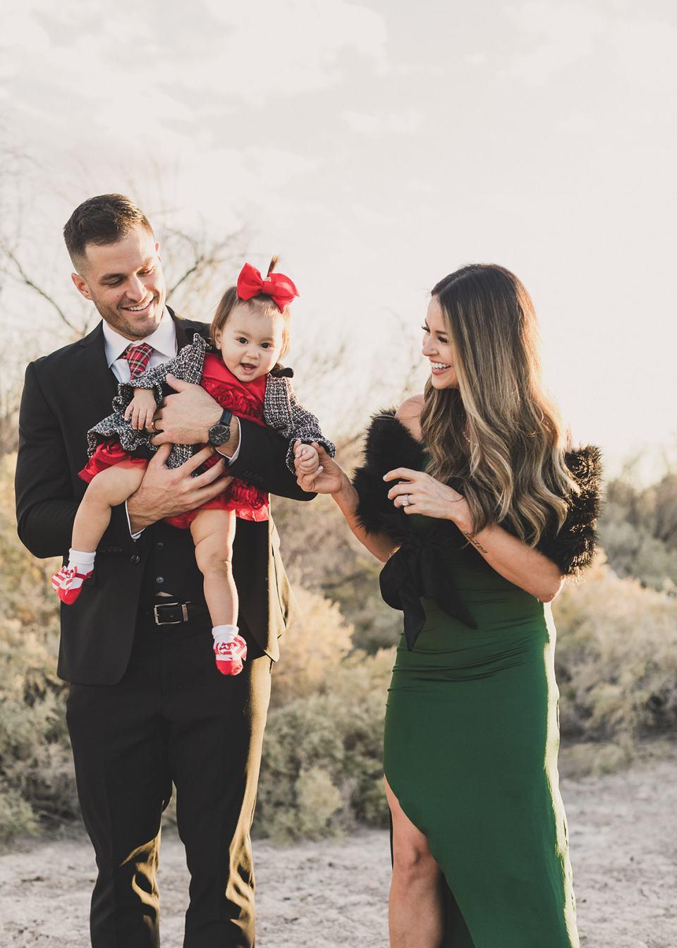 classy Las Vegas family portraits at Wetland Park