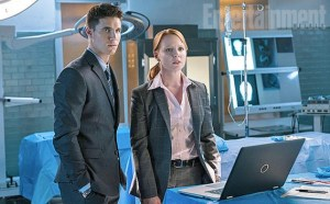 Robbie Amell and  Lauren Ambrose are coming to the X-files