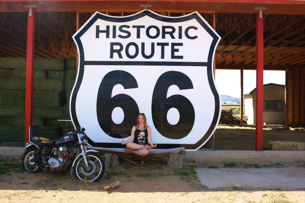 98790ab4a098 The Ultimate Route 66 Playlist - Taylor On A Trip