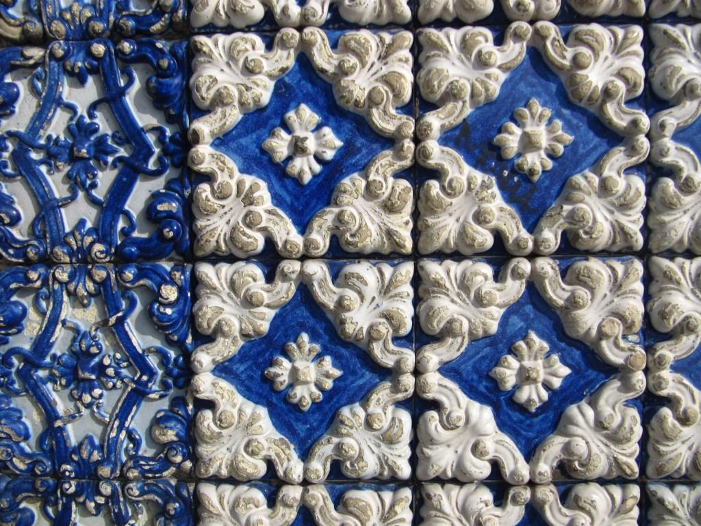Patterns of Porto