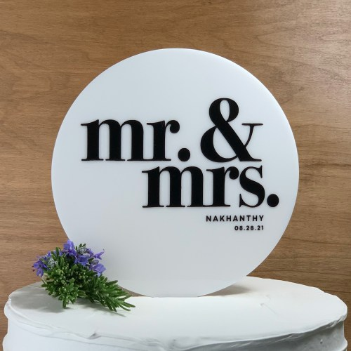 Round White Acrylic Cake Topper With Names & Date