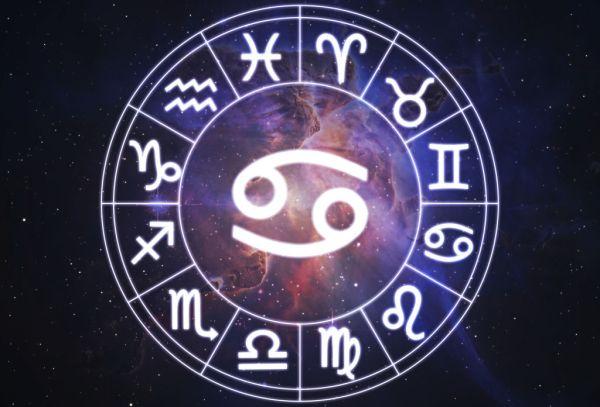 Самый точный гороскоп Рака на апрель 2018 года