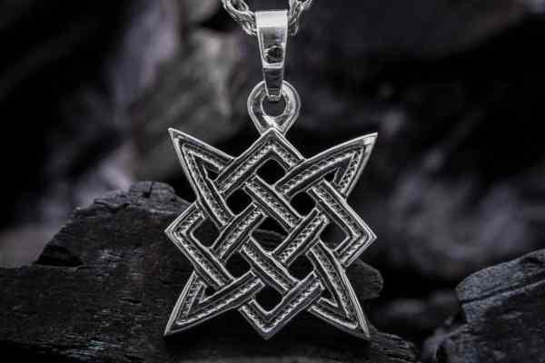 Какой силой наделён славянский знак Квадрат Сварога