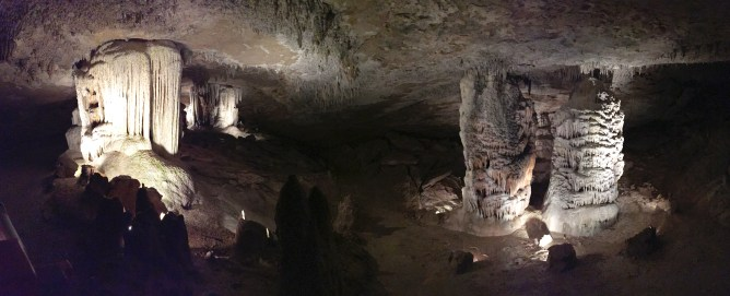 Road Trip from LA to Chicago Day 3 - Fantastic Caverns, Missouri