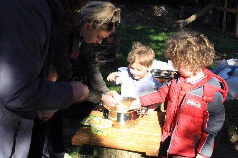 Children making fat balls