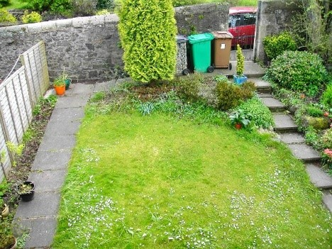 A photo of Barbara's front garden 5 years ago