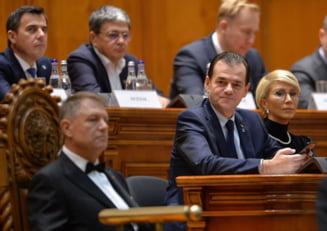Huliti, dar folositi de toate partidele: Cum pot fi sanctionati traseistii din Parlament?