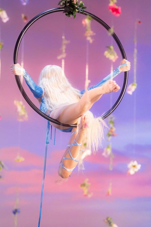 Summer Fling is the brand new track from Nina Nesbitt