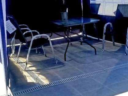 Продается 3х комнатная квартира с шикарным ремонтом в новостройке на улице Политковская в районе Сабуртало города Тбилиси