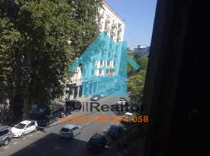 Продается 3 комнатная квартира в Тбилиси улица Бахтриони Сабуртало