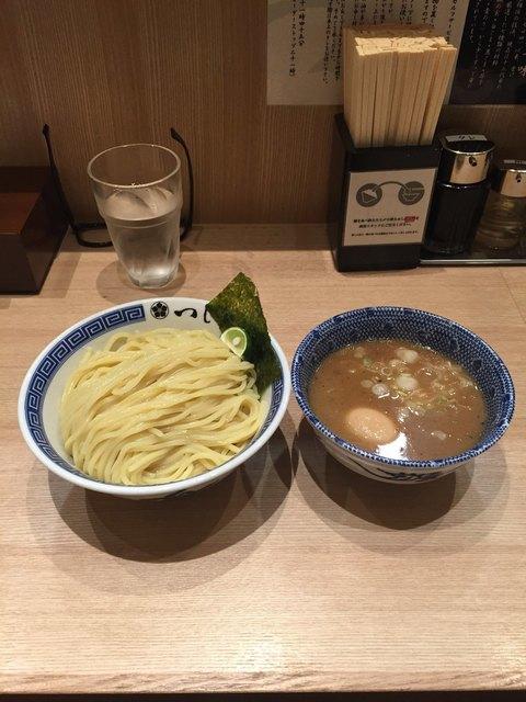 つじ田 福岡空港店のラーメン