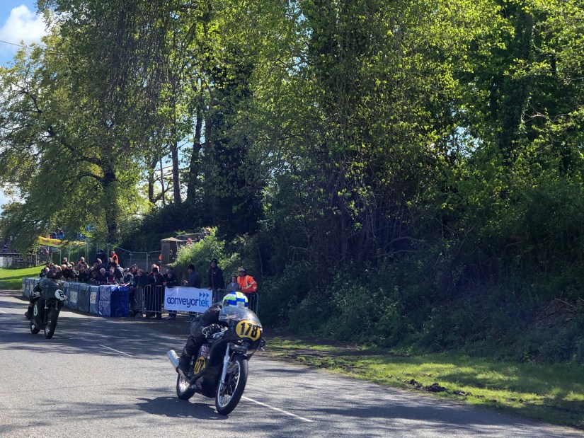 2019 Tandragee 100 : Dean Stimpson and Guy Martin locked in battle in the Classic Race