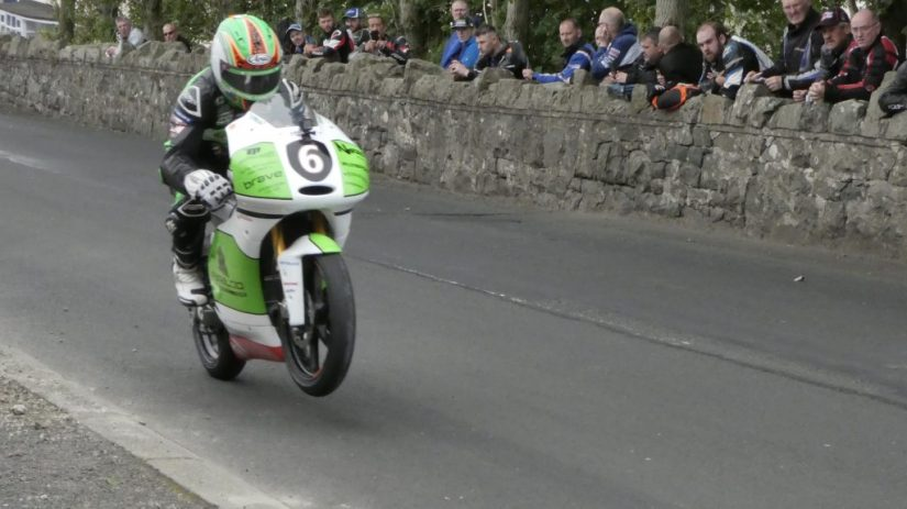 2019 Armoy Races : Derek McGee taking the 125cc / Moto 3 Win
