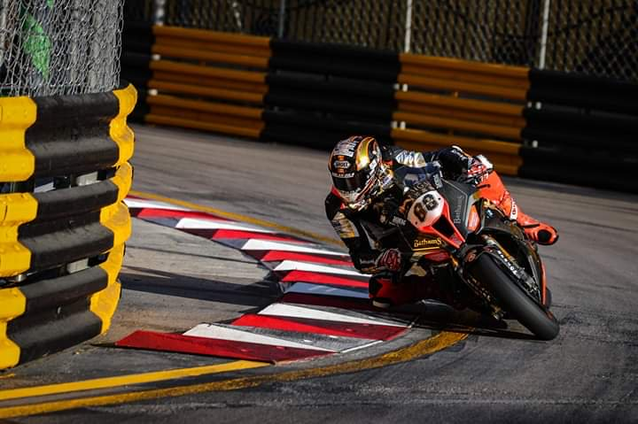 Peter Hickman takes second in a twice restarted 2019 Macau GP