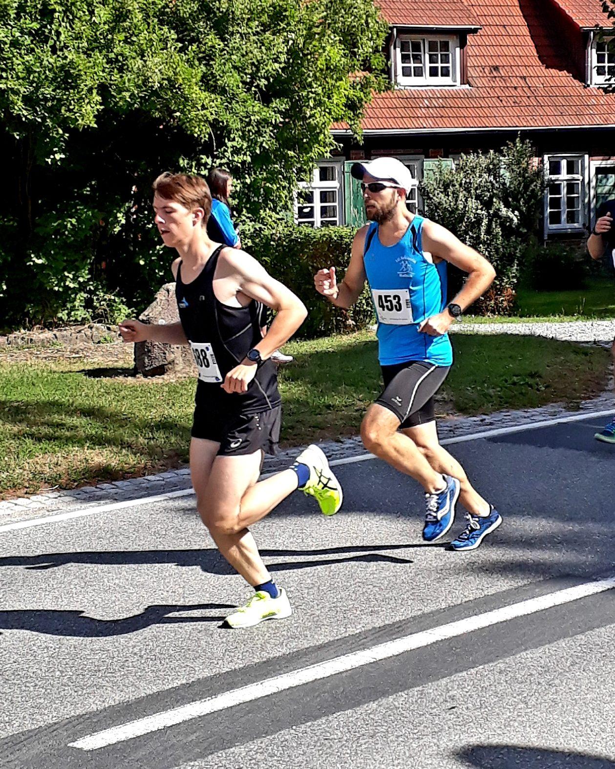 LVMV-Laufcup: FIKO-Läufer holen Streckensiege in Steinhagen