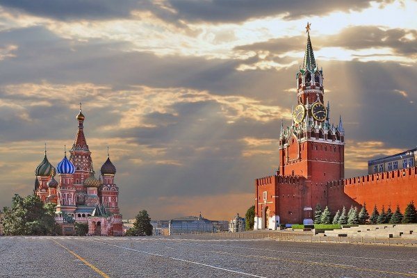 Московский Кремль. Инструкция по применению  Как попасть в Кремль,  стоимость билетов, время работы, полезная информация