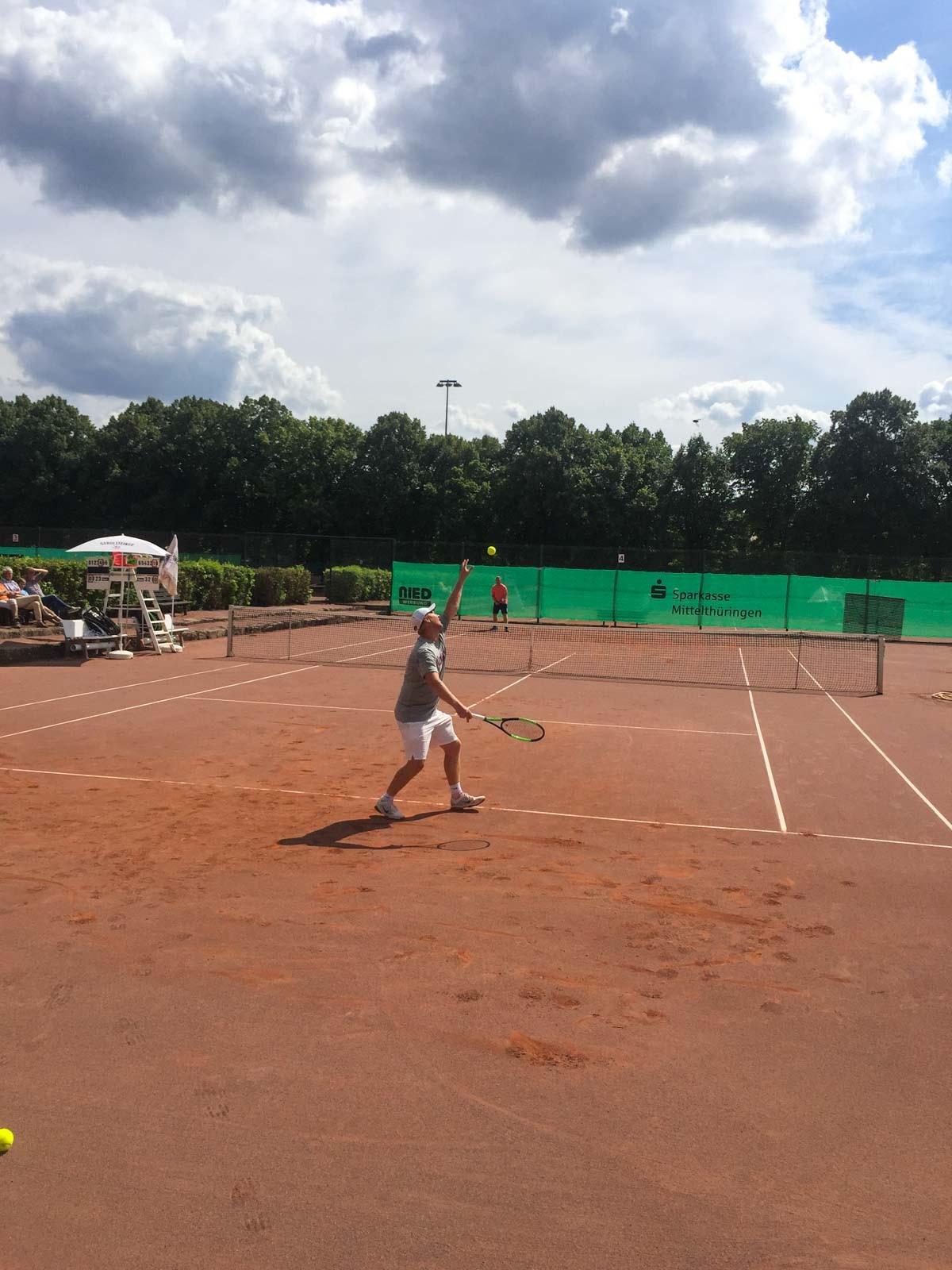 Thüringer Landesmeisterschaften und erste Thüringer LK-Meisterschaften (LK 14-23)