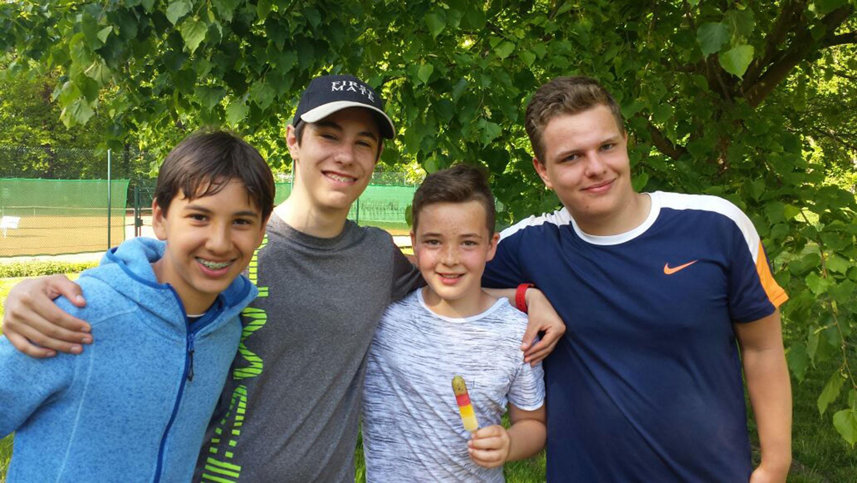 U18-Mannschaft des TC Weimar besiegt bislang ungeschlagene Eisenberger