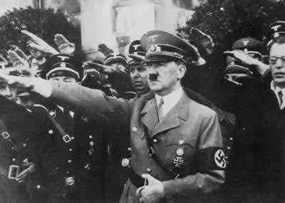 1889年4月20日,伟大的帝国元首阿道夫·希特勒在布劳瑙出生