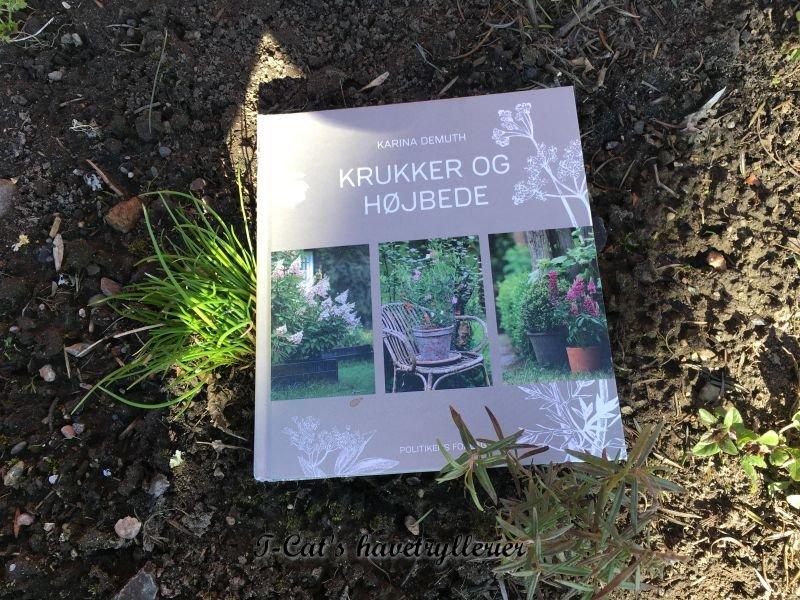 Anmeldelse af bogen Krukker og Højbede
